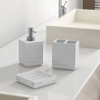 Quadrotto White Bathroom Accessory Set Gedy QU200-02