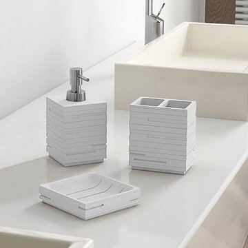 Quadrotto White Bathroom Accessory Set