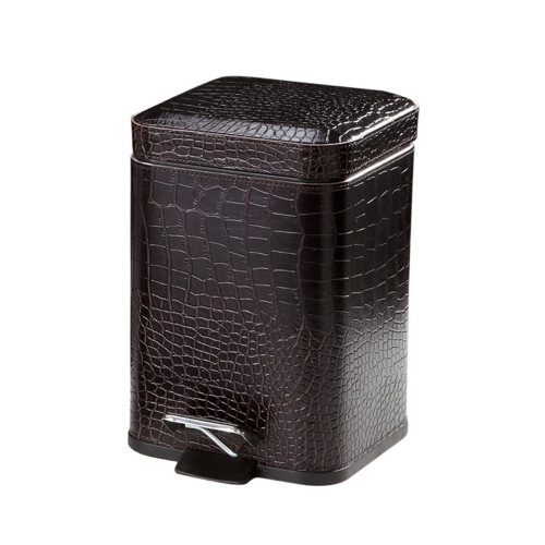 Crocodile Waste Basket Made From Faux Leather in Brown Finish