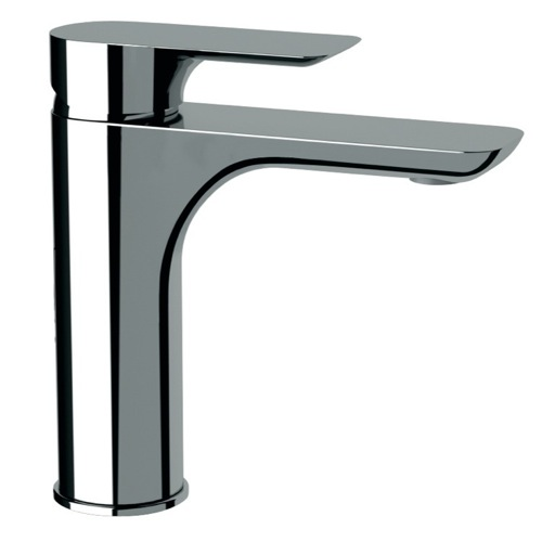 Basin Mixer With Single Lever In Chrome Finish