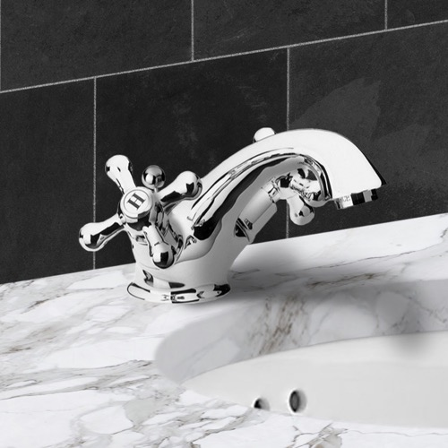 Chrome Deck Mount One Hole Washbasin Mixer With Pop-Up Waste