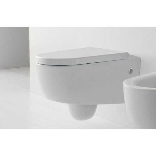 Wall Mounted Classic Style Ceramic Toilet