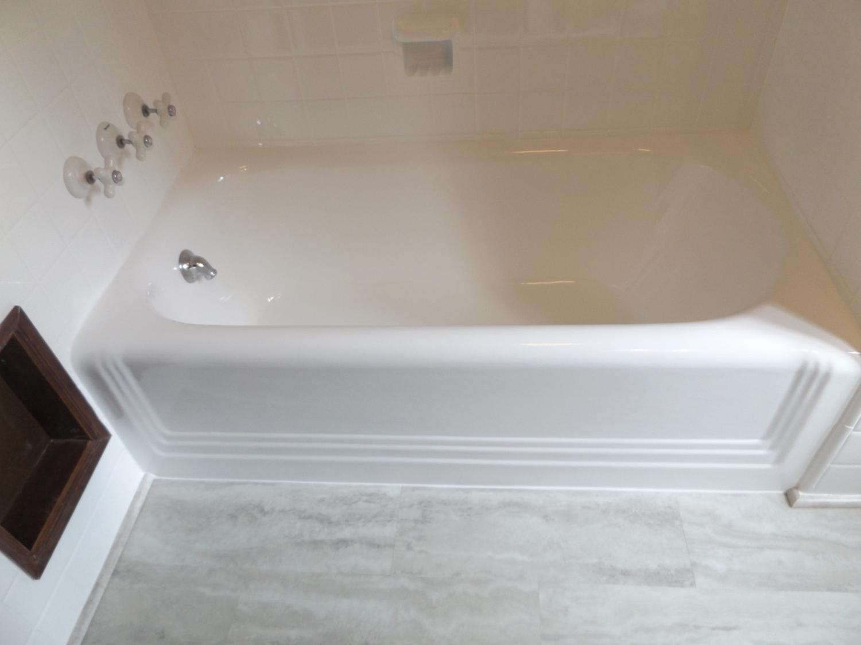 Dreammaker Bath And Kitchen Photo